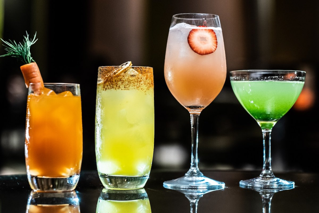 Summer Cocktails MO Bar